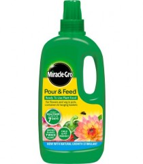 Miracle-Gro Pour & Feed - 1 Litre
