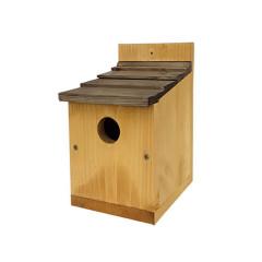 Johnston & Jeff Classic Nest Box with Shingle Roof